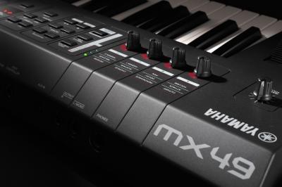 Claviers de scene yamaha mx49 4